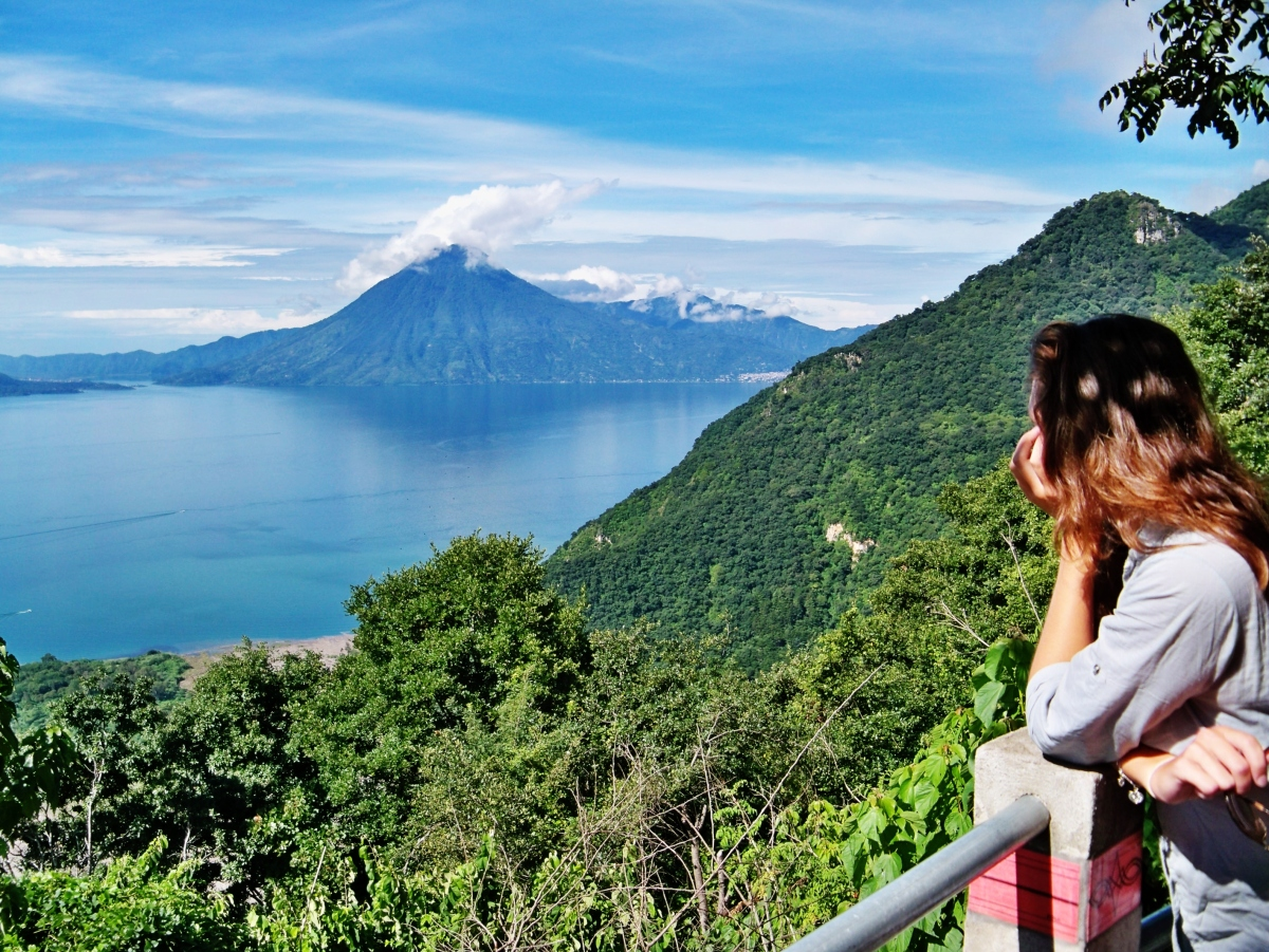 Visit Lago de Atitlan, one of the most beautiful lake of the world - Guatemala