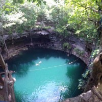 Some of the most magical things to do near Cancun : cenote, swim with turtles, Maya ruins, etc.